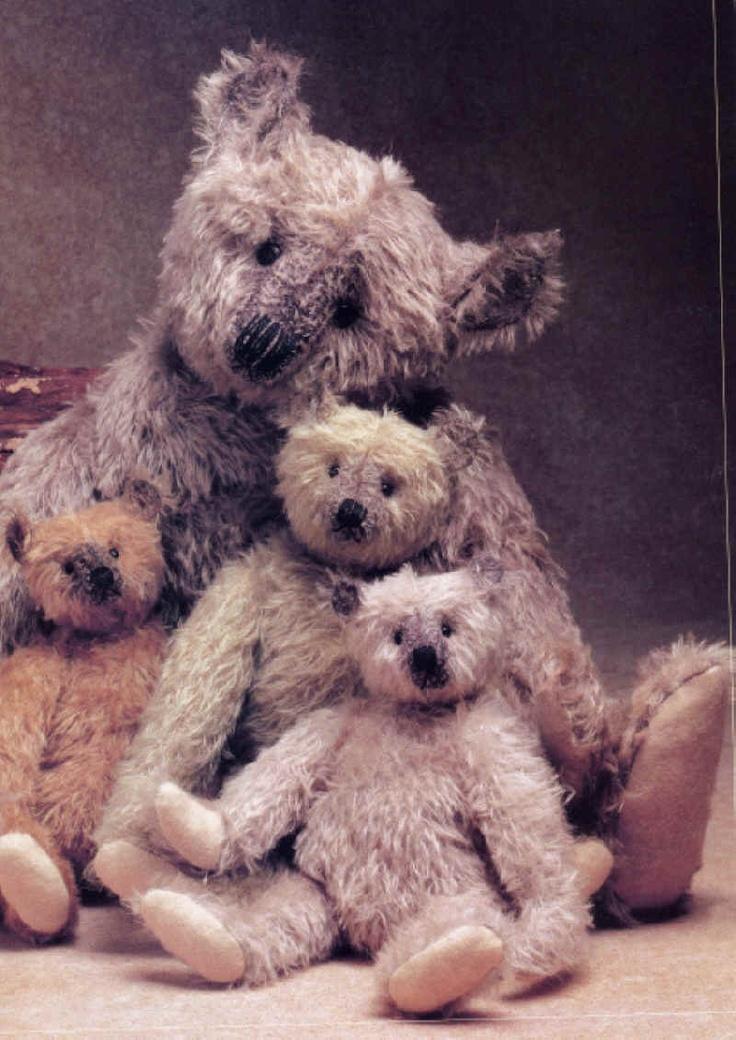 Vintage-Style Teddy Bears Crafted By Terry John Wood The Gang #teddy, #teddies, #bears, #toys, #pinsland, https://apps.facebook.com/yangutu