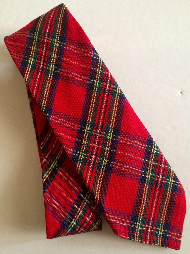Stunning red plaid tartan men's tie Etsy shop https://www.etsy.com/listing/260271157/vintage-red-plaid-tie-scottish-wool