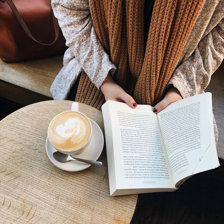 What books are on your holiday reading list? ☕️ ..#bookstagram #bookworm #reading #booknerd #instabook #books #amreading #fiction #nonfiction #coffeebreak  #Regram via @penguinusa