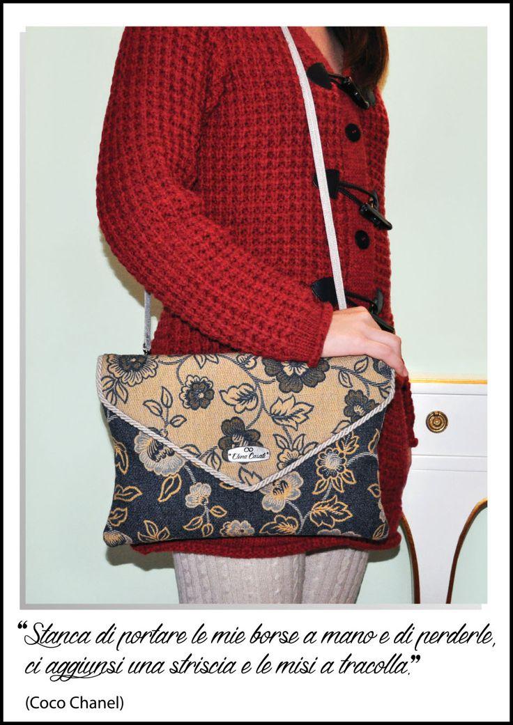 """""""Stanca di portare le mie borse a mano e di perderle, ci aggiunsi una striscia e le misi a tracolla."""" (Coco Chanel)"""