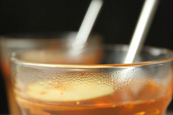 Æbletoddy med chili, whisky, kanel, ingefær og honning