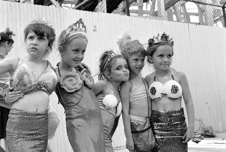 Little Mermaids - Coney Island Mermaid Day Parade 2004 - Dave Beckerman