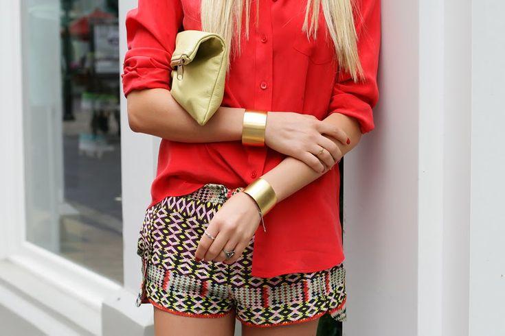 Cheyenne Meets Chanel: Outfits, Print Shorts, Fashion Style, Gold Bracelets, Gold Cuffs Bracelets, Fashion Blog, Prints Shorts, Tribal Prints, Fashionblog