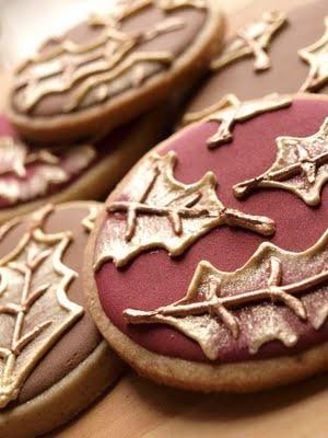 Burgundy Leaf Cookies