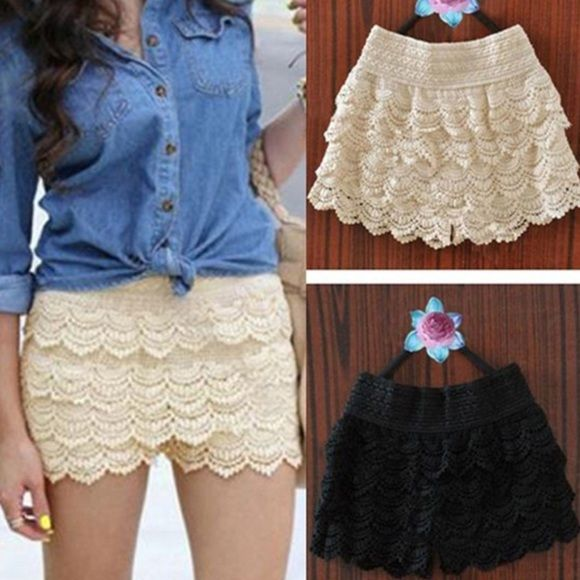 NEW WITH TAG LACEY CROCHET BEIGE SHORTS NEW WITH TAG LACEY CROCHET BEIGE SHORTS SIZE MED Other