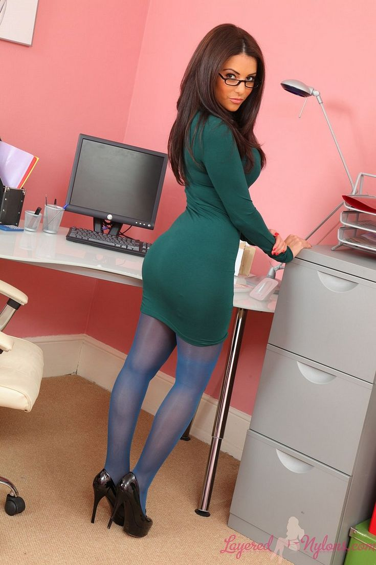 pantyhose escort paris france