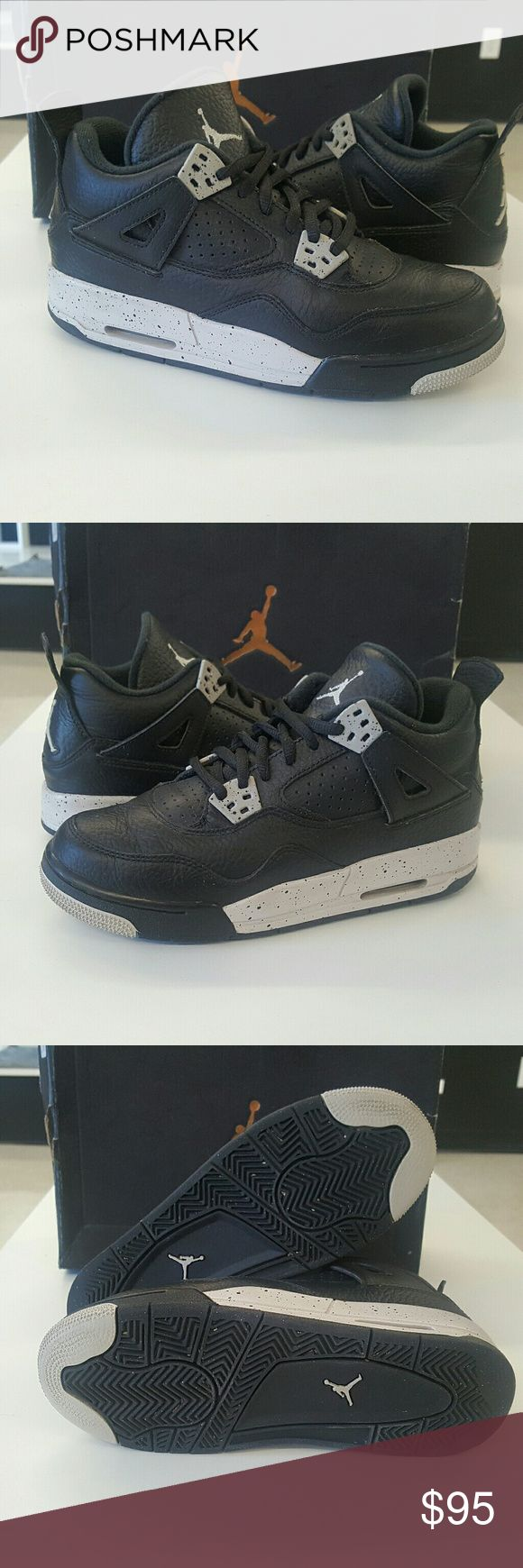 Air Jordan Retro 4 Oreo OG Box Condition 8/10 Sz 4Y Original box Light Scuff on right show. Same day shipping   100 % authentic Jordan Shoes Sneakers