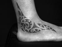 maori foot tattoo