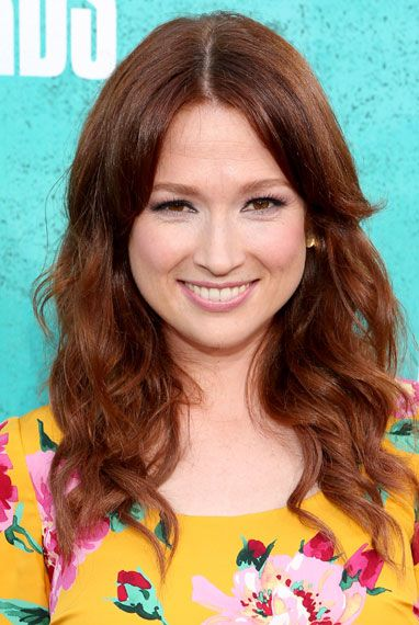 Google Image Result for http://www.mtv.com/content/ontv/movieawards/2012/photo/flipbooks/12-red-carpet/ellie-kemper-145699205.jpg