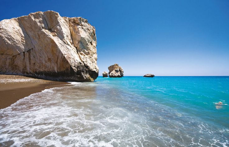 Aphrodite's Rock in Paphos, Cyprus - simply stunning