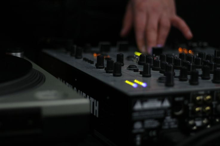 Mixer is probably the first tool that comes in mind when we talk about djing. The best dj mixers of our list are ideal for beginners.