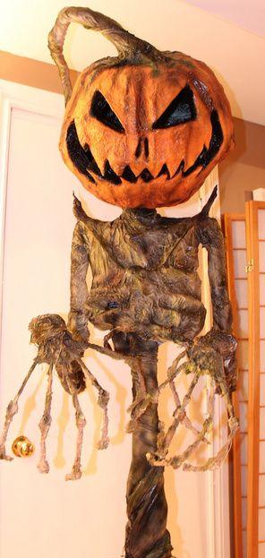 Creepy Pumpkin Scarecrow on Halloween Forum