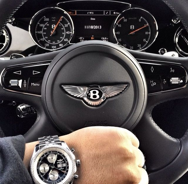 Watch And Car Go With Each Other Bentley Autos Relojes