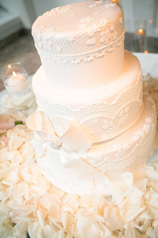 Love the lace detail on this wedding cake from Sweet Gems