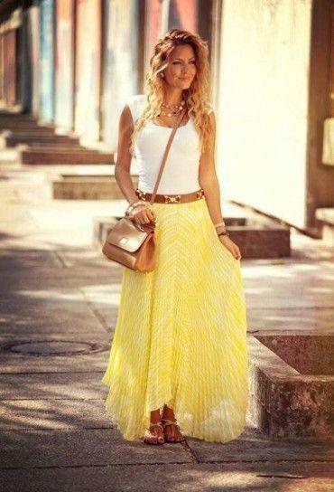 Gonne lunghe estate 2013 - Accessori in pelle camel e gonna gialla plissé