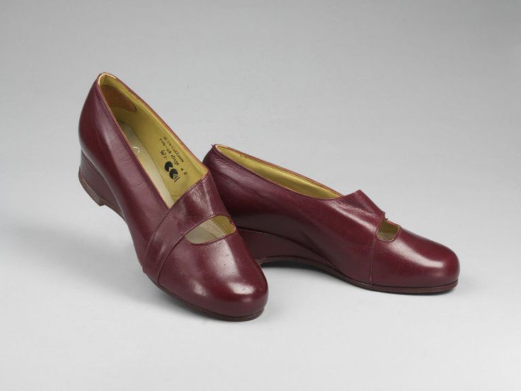 Colleen | Maceses | V&A Search the Collections 1942