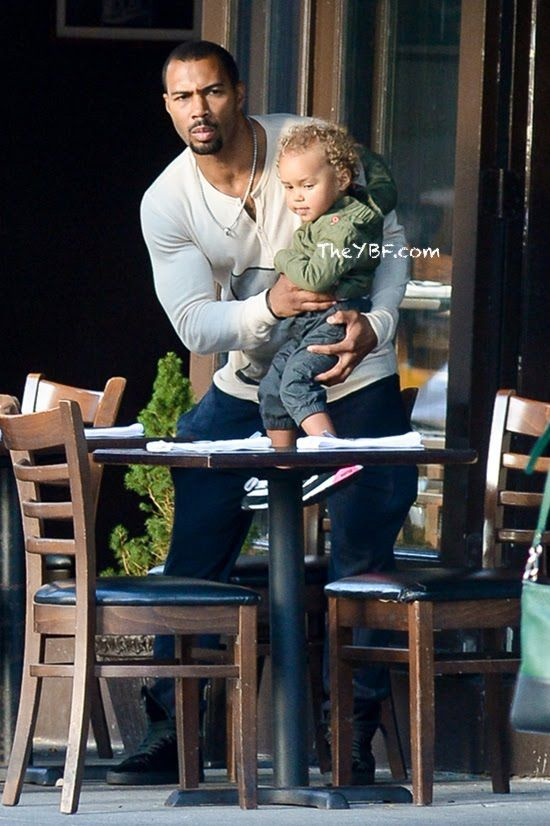 HOT DADDY: Omari Hardwick Takes His Wife Jae & Baby To Brunch In NYC