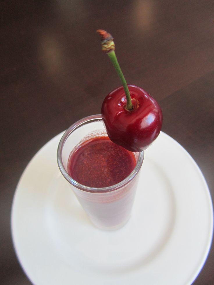 Levántate con energía y tomate un vasito de gazpacho de cereza ¡Qué rico! #CáceresGastronómica @PICOTADELJERTE