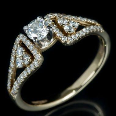 Кольцо с бриллиантами YKRS-318-MR9838