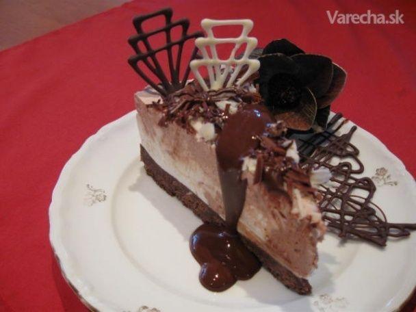 +++Cheesecake s tmavou a bielou čokoladou (fotorecept)