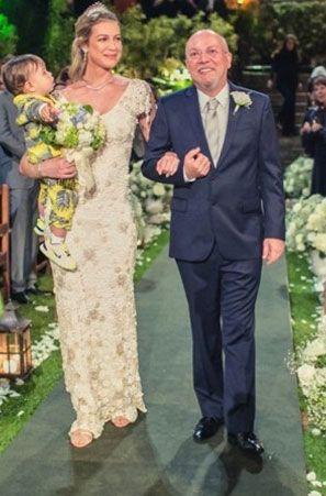 Luana Piovani já usou vestido de croche em seu casamento