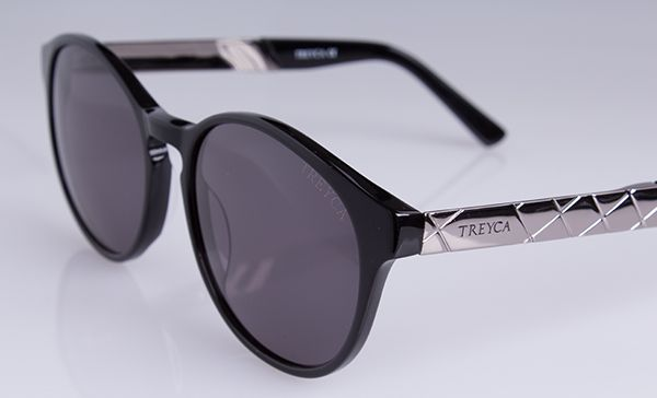 The Treyca Panto Polished Grey Sunglasses. #Treyca #Sunglasses