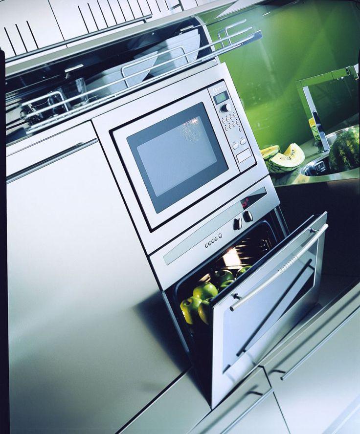 17 migliori idee su Cucina In Acciaio Inox su Pinterest  Soffitto nero, Cucine moderne e Cucine ...