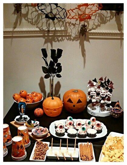 Mesa dulce halloween realizada por Dulcetendencia.