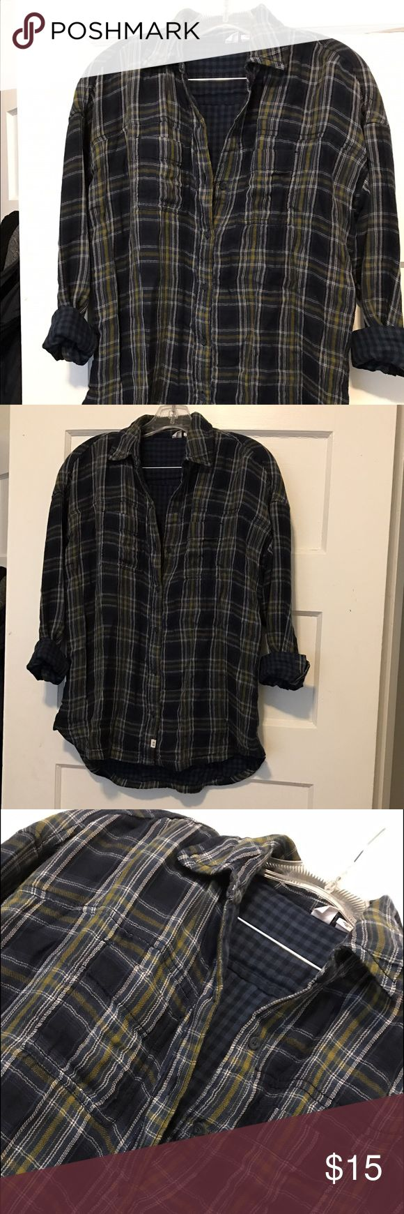 Melrose and Market ladies OVERSIZED plaid flannel! Size XS. Melrose and Market. Never worn out of the house. Double the plaid! Great with leggings or tight jeans with ripped knees :). This baby is 100% cotton so Machine Wash Cold (tumble dry low if you must dry) if you want it to keep its shape melrose and market Tops Tunics