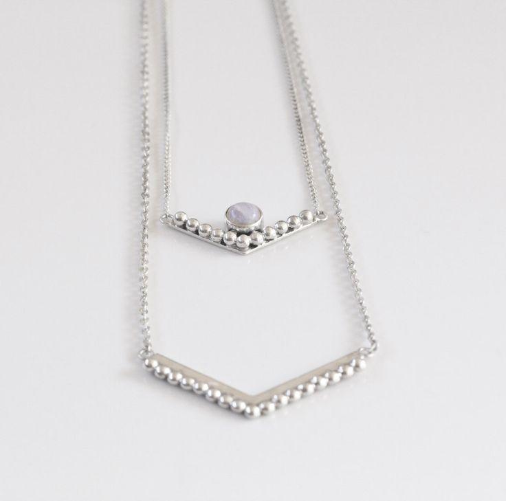 Gelaagdheid ketting, Moonstone Necklace, verklaring ketting, gepersonaliseerde ketting, Sterling zilveren ketting, Boho ketting, bohemien, Gift