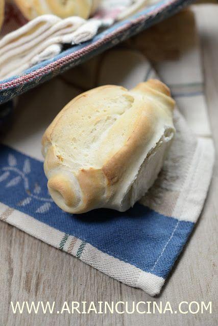 Blog di cucina di Aria: Le Mantovanine fatte in casa e tirate a mano: nono...