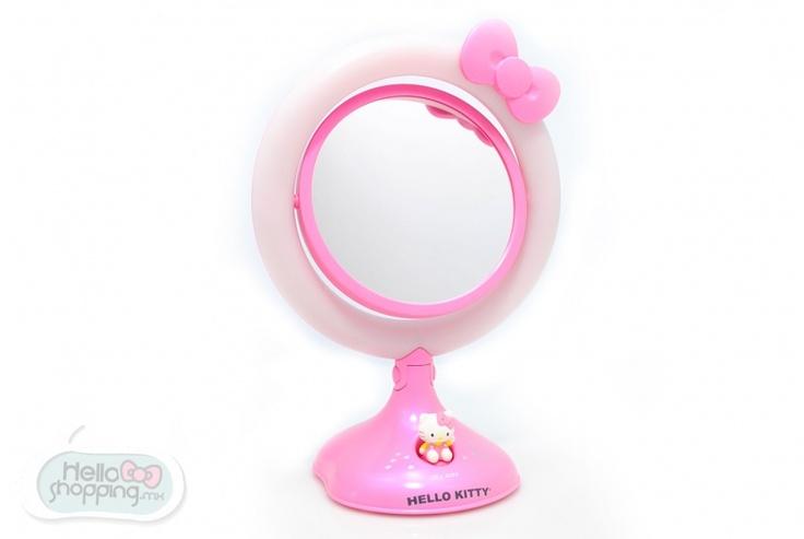 Hello Kitty: Espejo con Luz $899.00  Usa pilas ¨A A¨