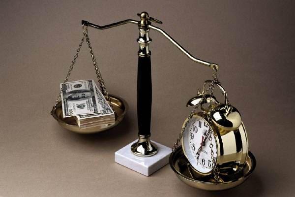 عالم الامل: الوقت أهم أم المال؟