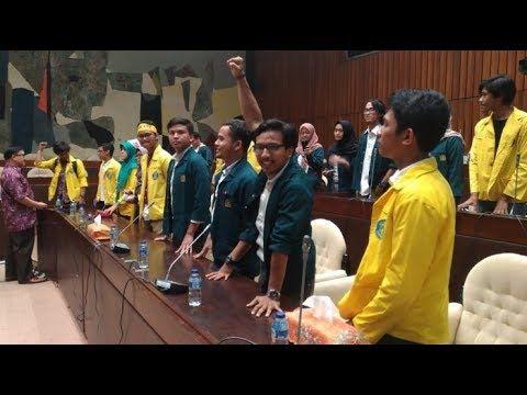 Audensi pansus KPK dengan mahasiswa berujung ribut