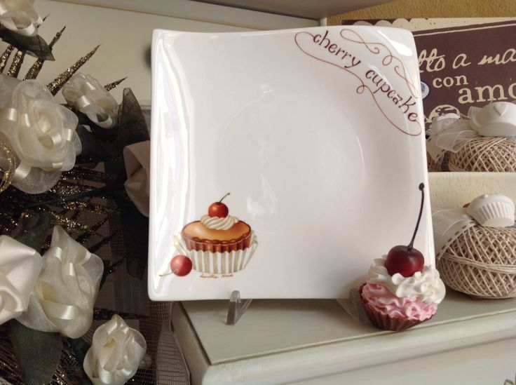 Piattino dolce con cup cake