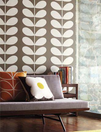 Orla Keily Classic Stem Wallpaper  http://www.tangletree-interiors.co.uk/public/uploads/images/orla_kiely_Giant-Stem-roomset.jpg
