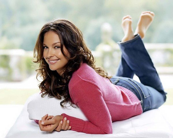 Ashley Judd (Fave Movie: Double Jeopardy)