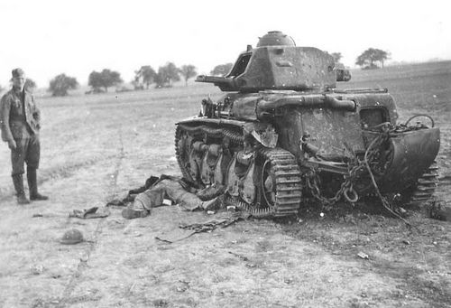 Knocked out French Hochkiss tank.
