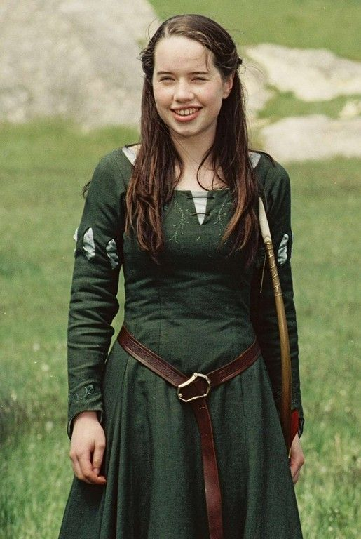 Custom Susan Pevensie Inspired Dress Narnia by QualityCosplay