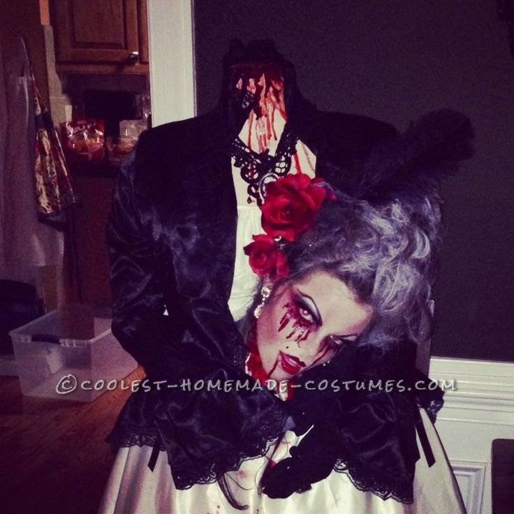 bloody headless marie antoinette costume scary halloween - Quick Scary Halloween Costumes