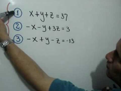 Problema de sistema de ecuaciones lineales de 3x3: Julio Rios explica la solución de un problema con tres ecuaciones simultáneas (sistema de 3x3)