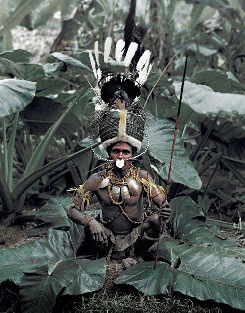 ジミー・ネルソン(Jimmy Nelson) > BEFORE THEY PASS AWAY(http://www.beforethey.com/) > (彼らが消えて行く前に) > 少数民族の文化を記録したプロジェクト > カラム (パプアニューギニア)