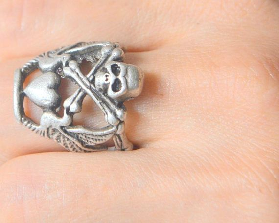 horror jewelry, claw, skull, molar tooth, teeth, Halloween, fear, charming, vintage, gypsy, unisex ring, silver plated ring, scary, dead, bones, Funky