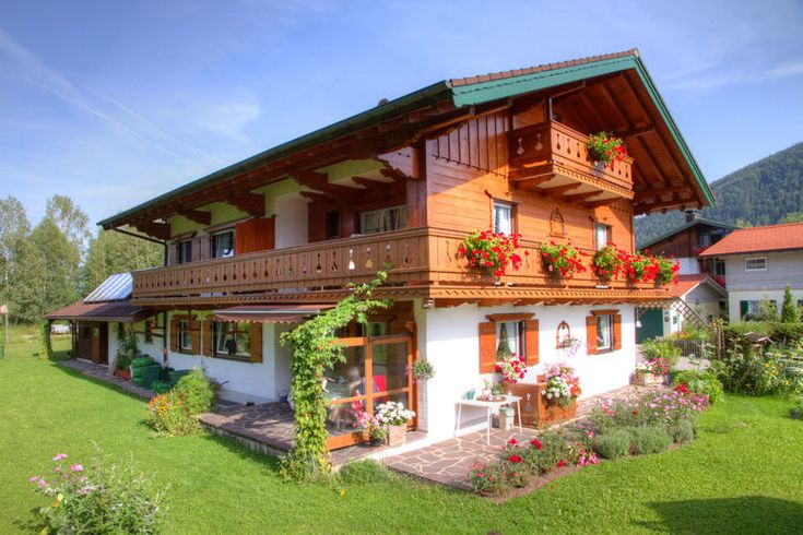 Met je hond op vakantie in dit vakantiehuis met omheinde tuin in Eck