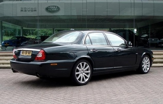 Jaguar XJ (old model)