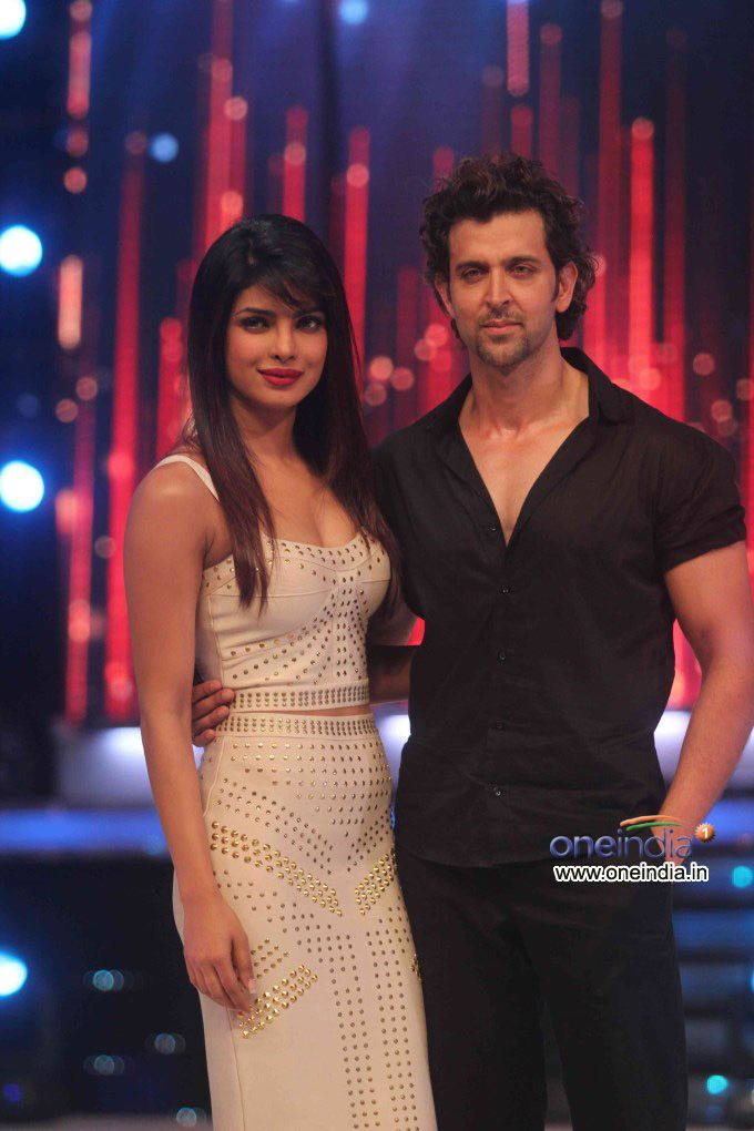 Film stars Hrithik Roshan and Priyanka Chopra promotes their film Krrish 3 on the sets of Jhalak Dikhhla Jaa 6 Super Finale.