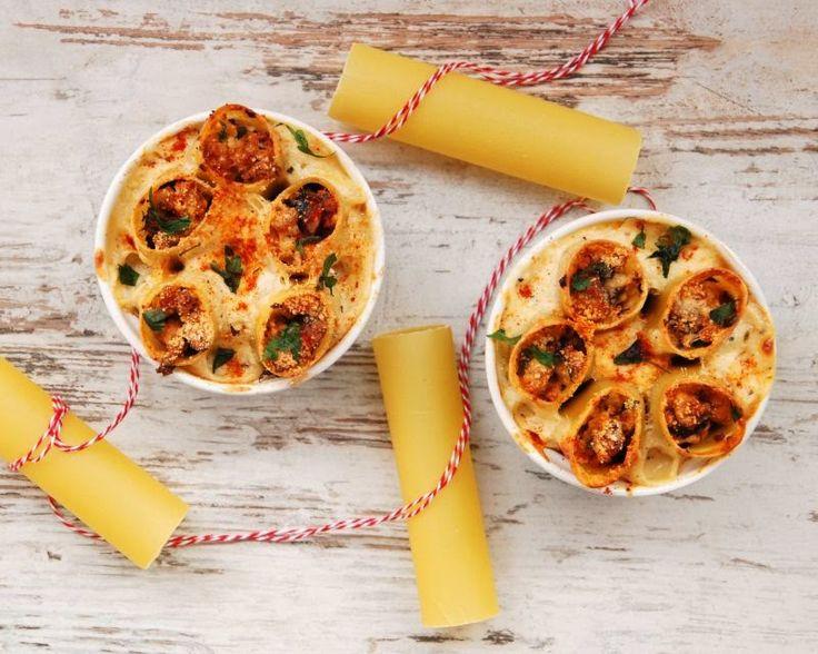 Cannelloni z mięsem i pieczarkami w sosie beszamelowym