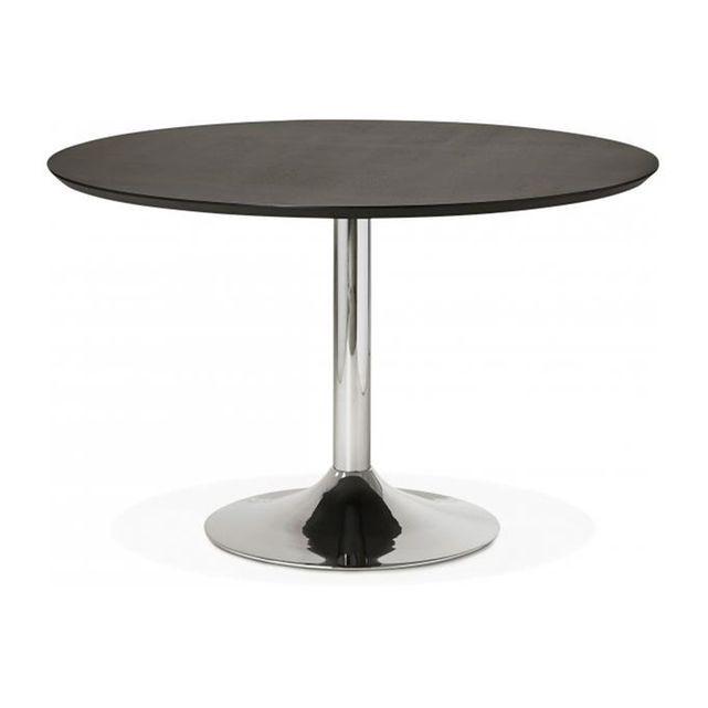 Caracteristique du Table à Manger Ronde Noire Pied Métal D120 BARNET sur Declikdeco : Caractéristiques : - Matière :Bois- Couleur : Noir (Plateau), Chrome (Pied)- Dimensions : L.120 x l.120 x H.77,5 cm- Poids : 60 kg