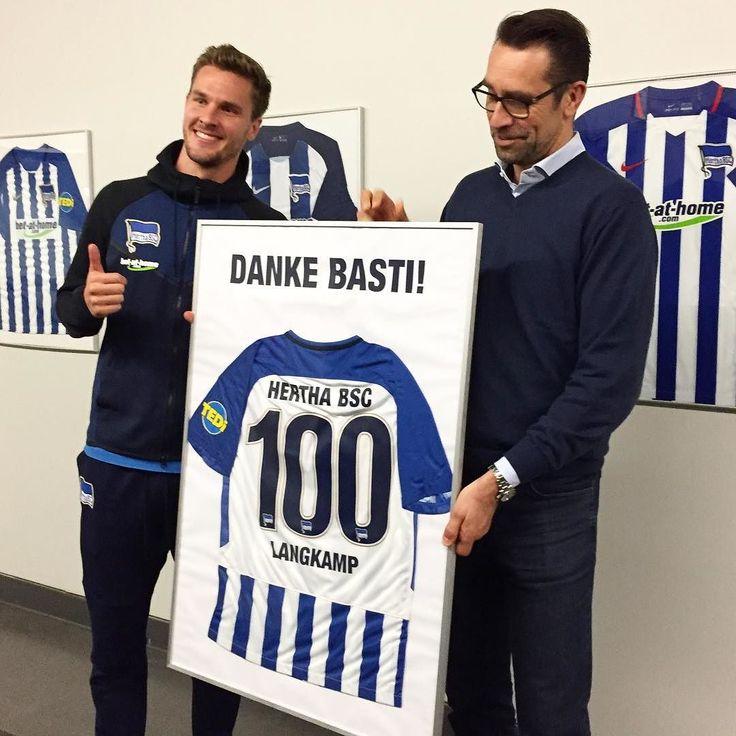 Danke Basti! Er macht heute sein 100. Bundesliga-Spiel für uns  #Langkamp #herthabsc #BSCHSV #hahohe