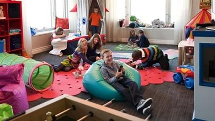 7 Best Kid Friendly Chicago Hotels for Families!